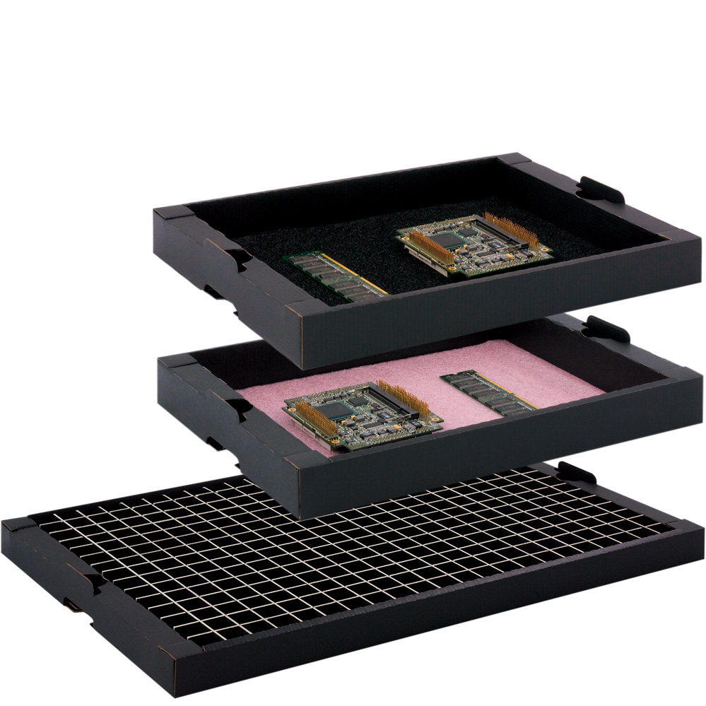 Stapelbare Trays, wahlweise mit oder ohne Schaum, dissipativ leitfähig und optional mit Kunststoffverstärkung für Stapelnasen erhältlich.