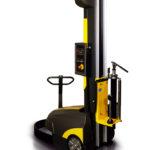 Gerät kann wie eine elektrische Ameise bewegt werden. Mit Einfahrlaschen für Gabelstapler, um die Maschine zu versetzen.